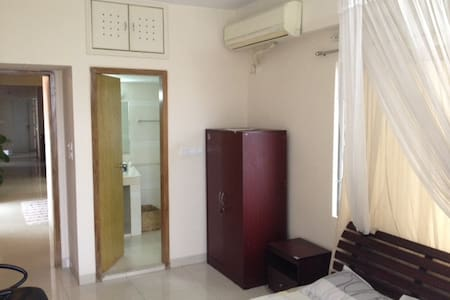 Private room in Dhaka Gulshan