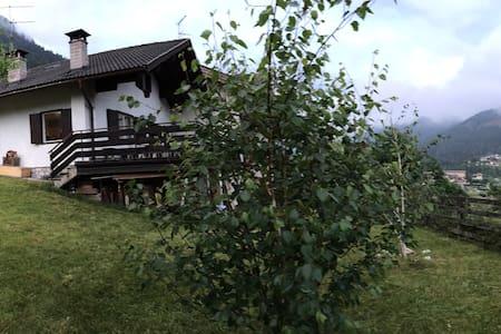 Villa Daila - Val di Fiemme - Ziano di Fiemme - Villa