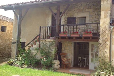 Little cottage, Homps. - Mauvezin - House