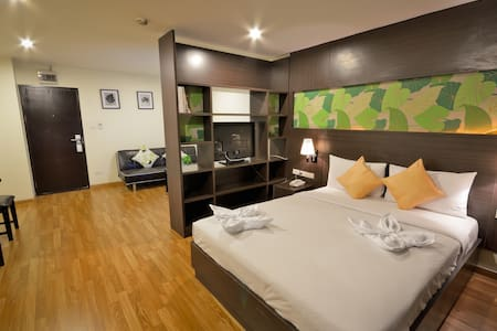 24hrs Service Apartment in the city