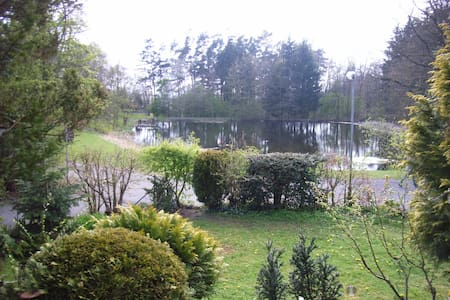 Lake view living room - pure nature - Giessen - Bed & Breakfast