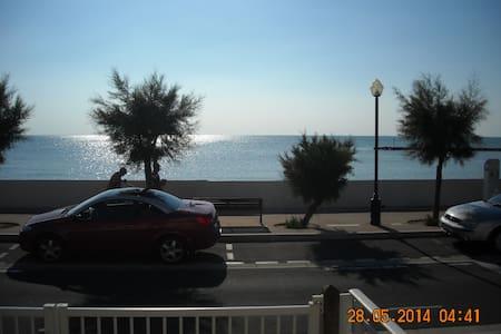 Appartement 2 pièces Face à la mer - Châtelaillon-Plage