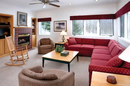 Mountain Get-away - Apartment