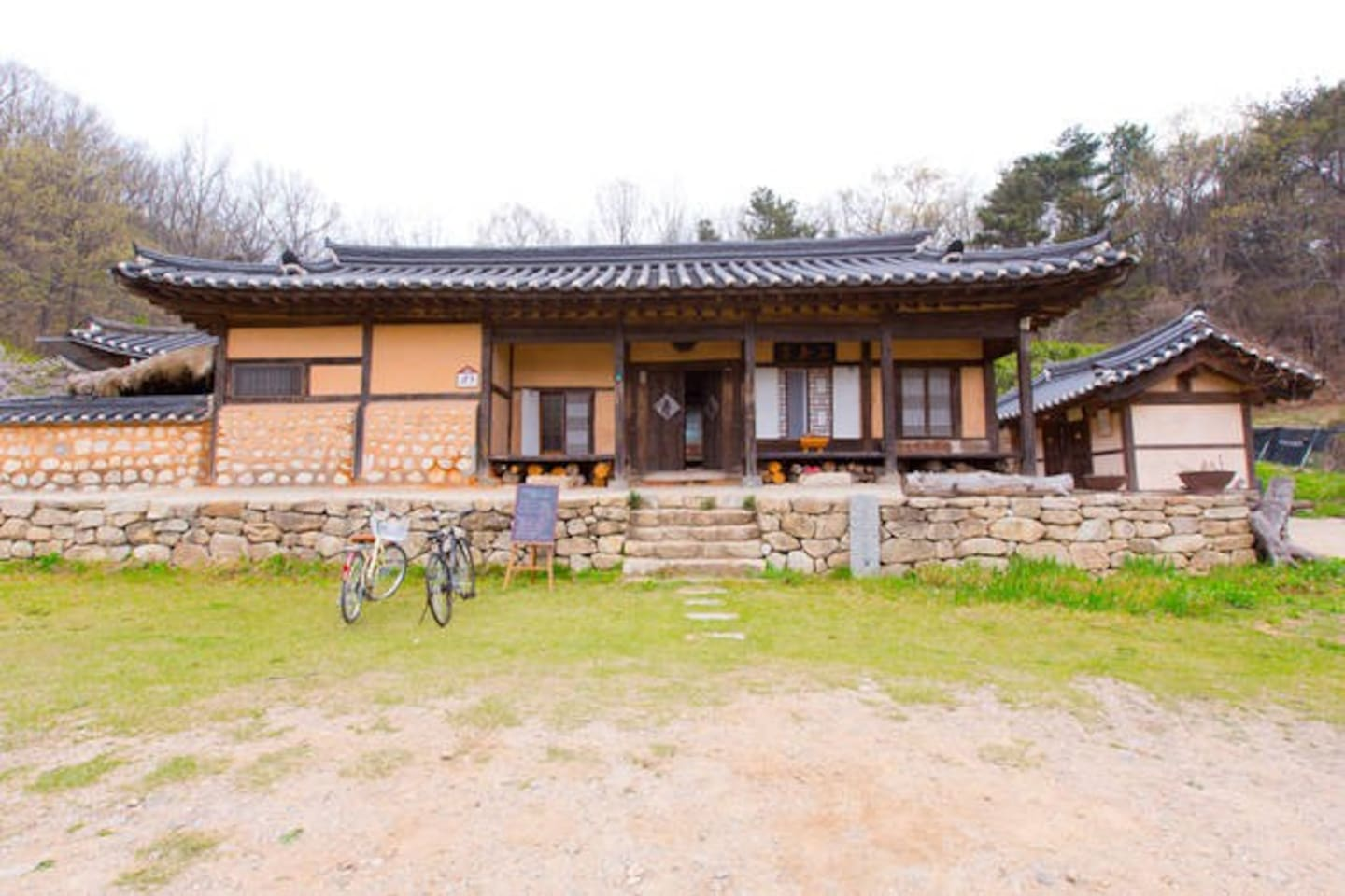 Incheon's Cultural Heritage No.16. Authentic Hanok where family have lived for over 120 years.