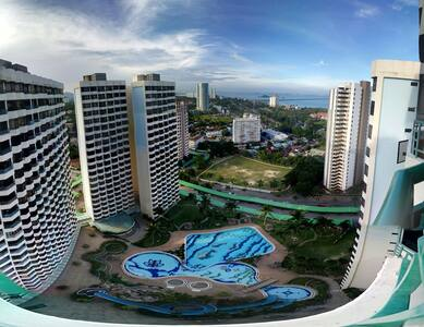 Condominium room with swimming pool - Lakás
