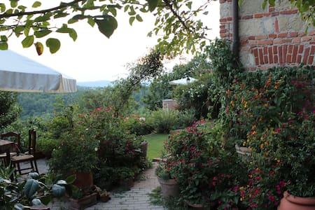 Ca'Norino in Monferrato Piemonte - Camagna Monferrato - Bed & Breakfast