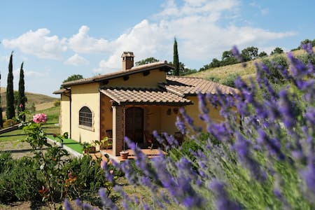 Cottages in Tuscan Country