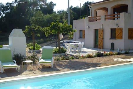 Ajaccio Beau Rez de villa + piscine - Sarrola-Carcopino - House