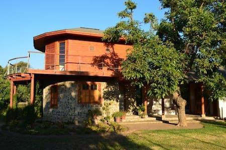 Gran casa finamente equipada - Casa