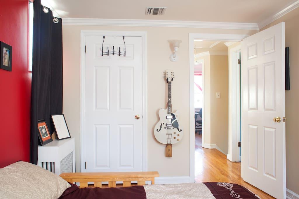 Inexpensive Room in Bergen County