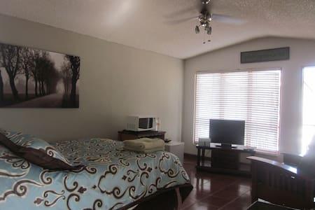 Private estudio in Ensenada - Flat