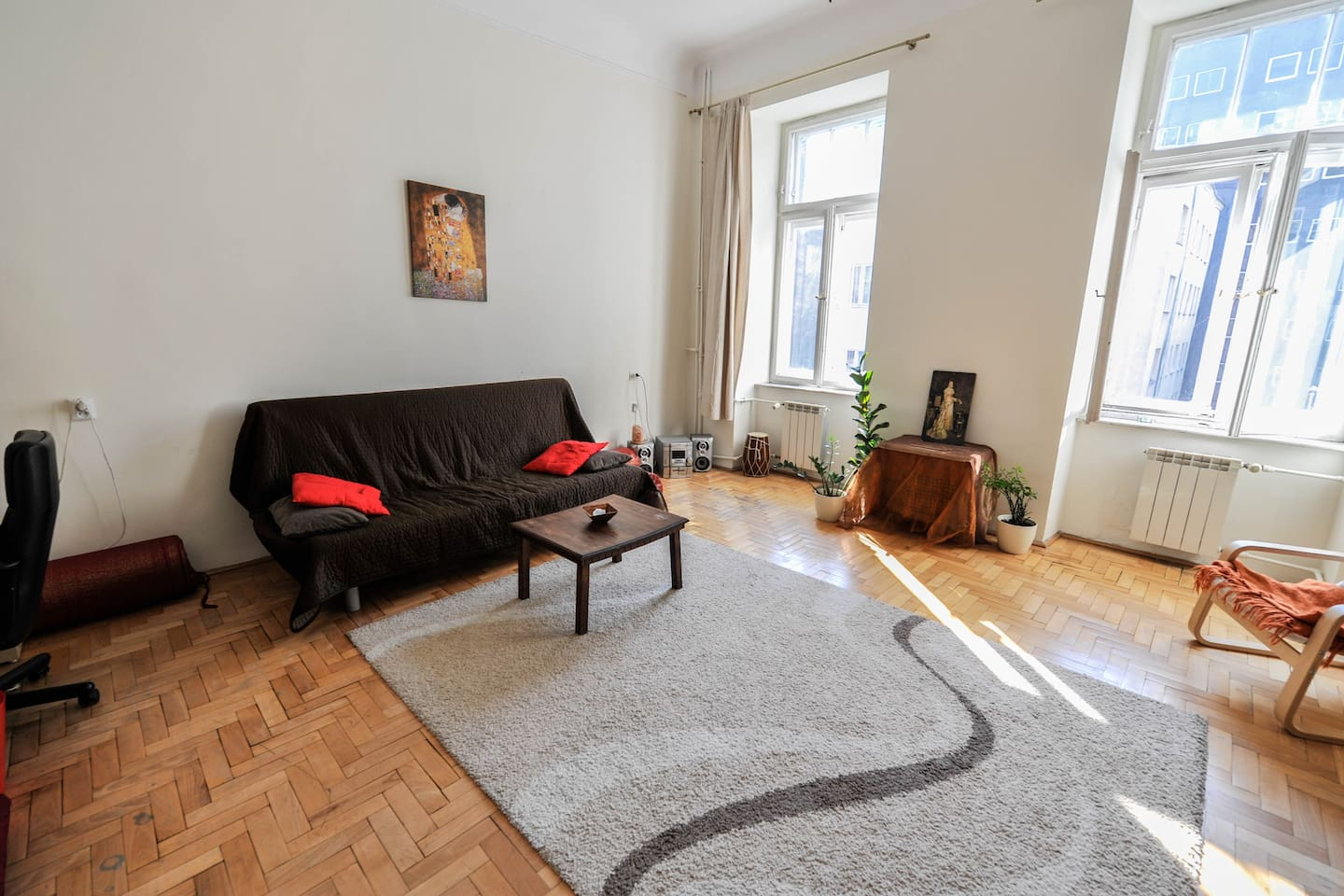 Room in the heart of the City!
