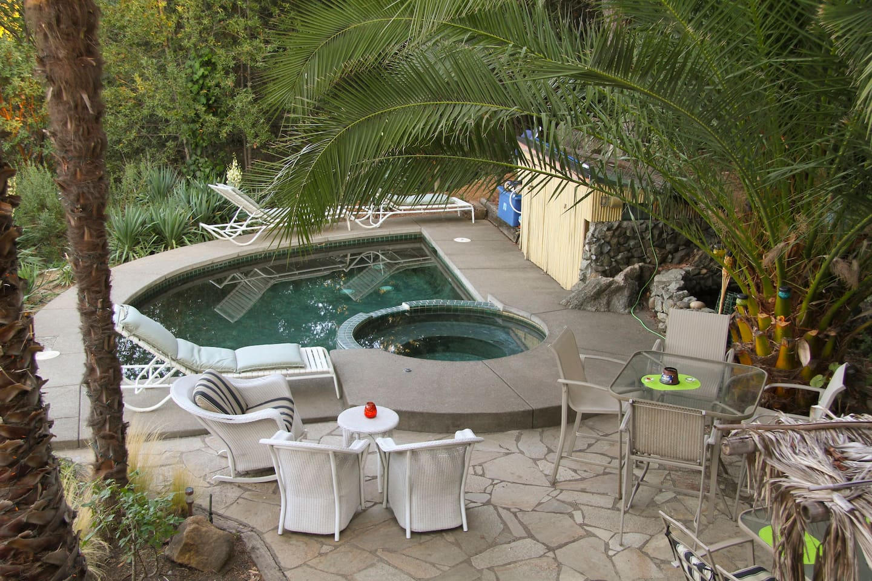 Alexander Valley Lodge Cabana suite