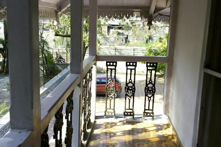 The Heritage Bungalow - Lonavala - Villa