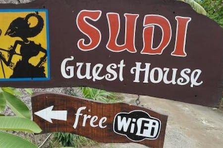 Sudi guest house  Standard FAN - Oda + Kahvaltı