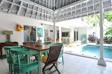Private Family Villa & Pool 66Beach - Legian - Вилла