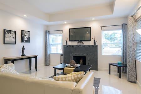 Beachside Apartment - Fort Lauderdale - Appartamento