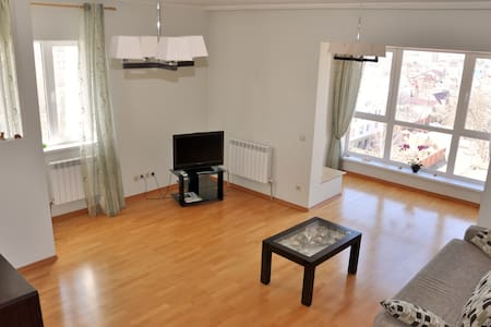 квартира в тихом районе города - Apartment