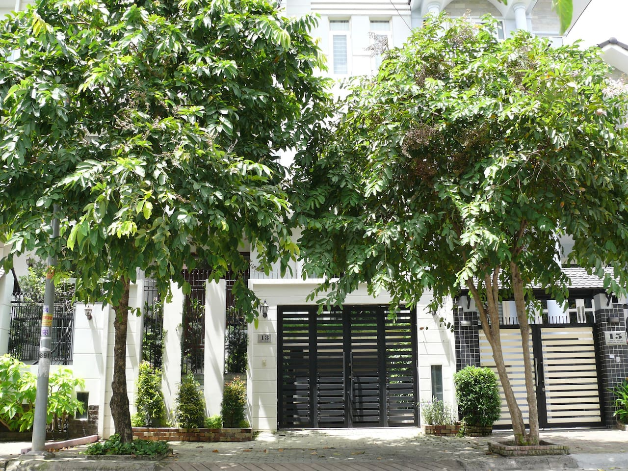 Contemporary French house in a quiet neighbourhood in D2, Saigon, convenient to downtown and Financial District