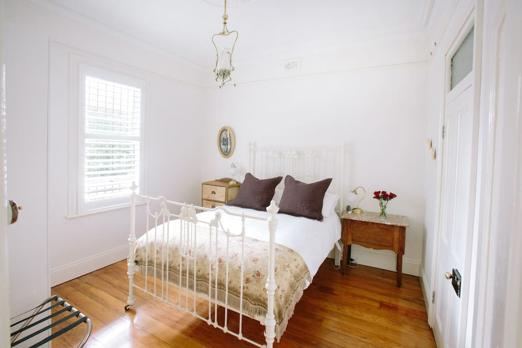 Lilyfield Guest House -incl. b/fast