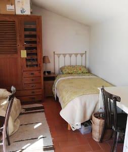 Habitación terraza 26 km Barcelona - Vilassar de Dalt