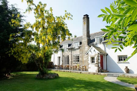 Huge Dartmoor country house, rural Devon - Hus
