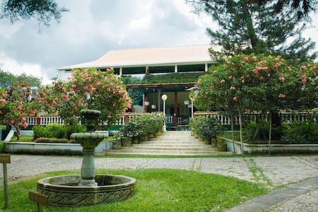 Hotel Hacienda San Pedro , Boutique - San Marcos - Villa