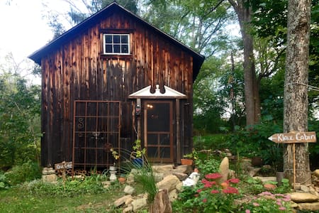 Fisherman's Shack: Eco-Artsy Cabin - Kabin