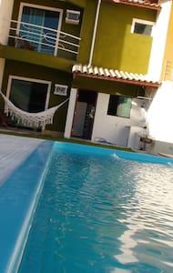 Casa Aconchegante á 400 m Praia - Casa