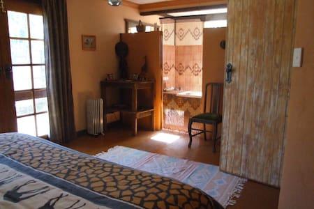 Fernmark inn -s/c guesthouse - Bega