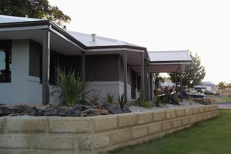 Binningup Bunbury - Beach & Golf - Casa