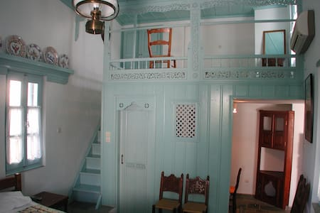 Kochylia trad. house 5 -gray bleu - Hus