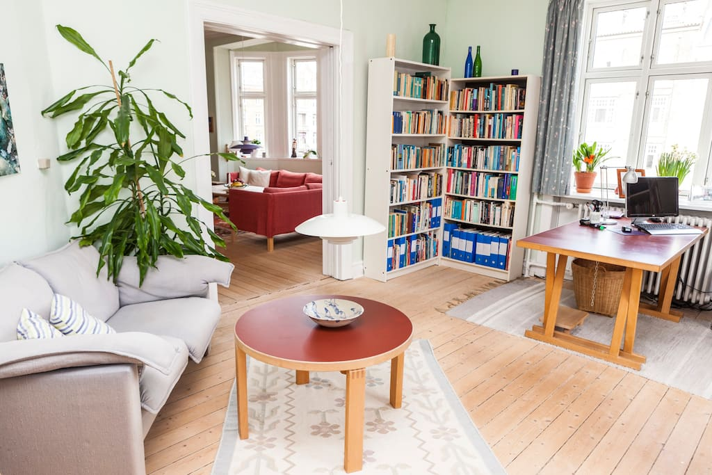 beautiful and bright CPH apartment