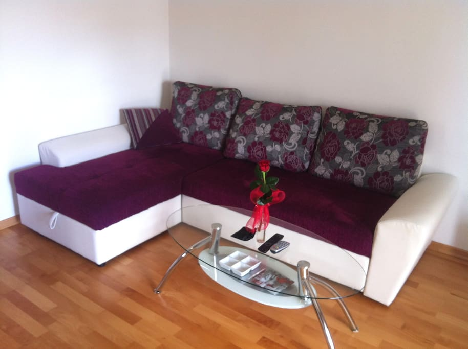 living room sofa - pull out bed 180 x 200 for 2 persons