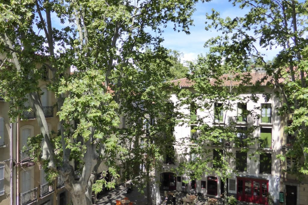 Your apartment is the top floor at the centre-right of the photo, overlooking the 13thC fountain and the lovely square.