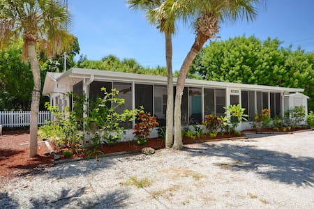 Cozy 2bd on Manasota Key in Florida - Rumah