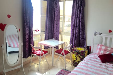 Fully Furnished Studio , Barwa City - Lakás