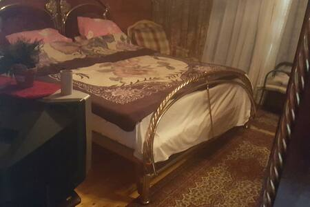 Private Room in villa - sheikh Zayed - Ház