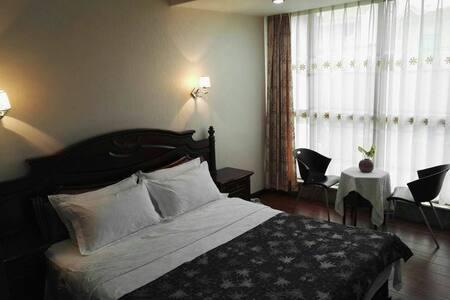 泉州西湖度假别墅-5楼大床房 - Quanzhou