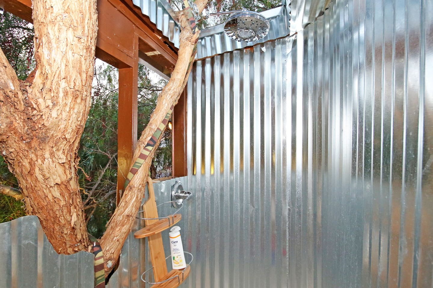 AMAZING OUTDOOR  shower open into the Tree-lit at night by tree