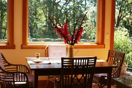 Corbin B&B - Keene - Corvallis - Bed & Breakfast