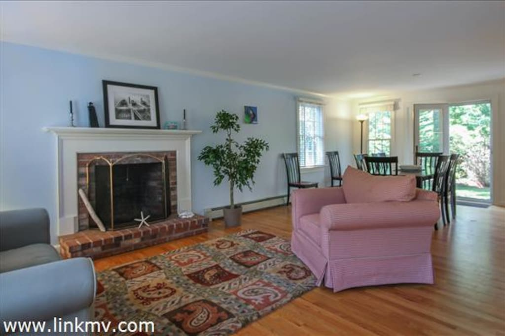 Dining/living room with open concept with kitchen