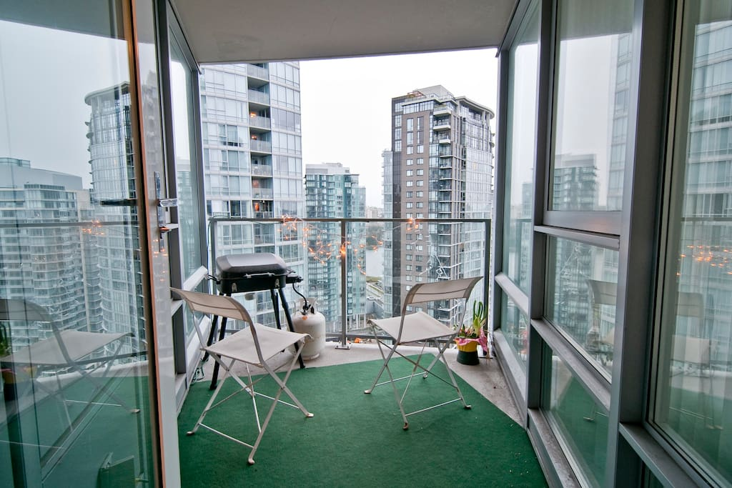 Yaletown luxury Waterfront bed&bath