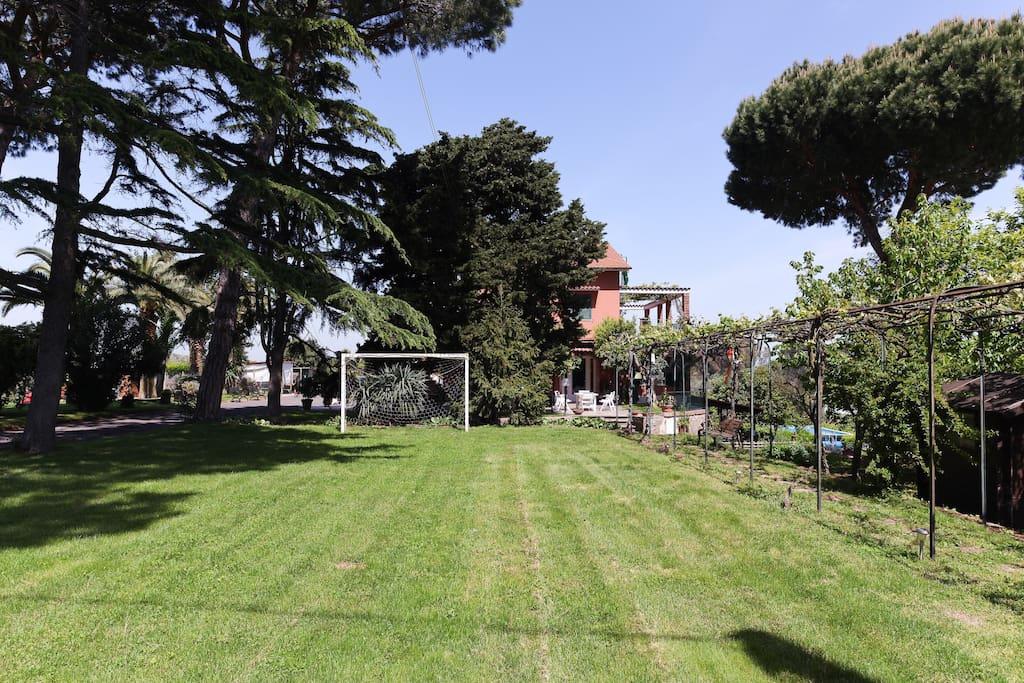 Wohnung Limone mit Pool und Garten