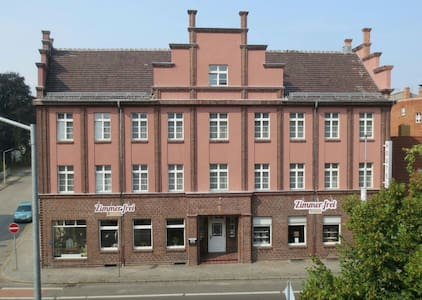 1A Hostel Zimmer Frei Hotelstandard - Bed & Breakfast