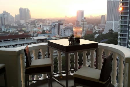 Large Penthouse in city centre - Apartment