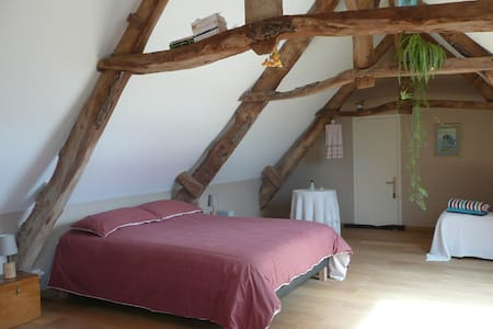 Chambre d'Hôte, B&B in Normandy - Bed & Breakfast