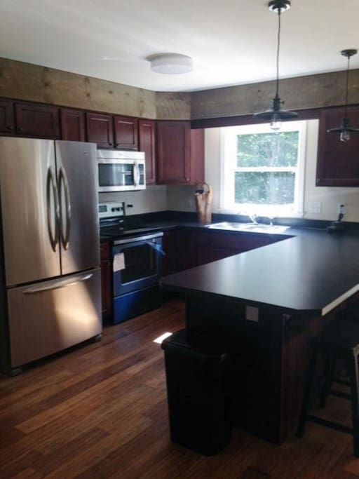 Killington area ski house houses for rent in pittsfield for Aki kitchen cabinets