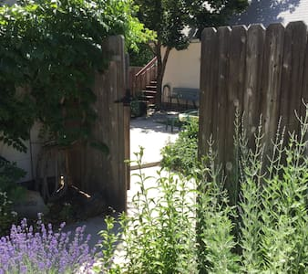 Blue Spruce Loft near Boise State and Downtown! - Boise - Apartment