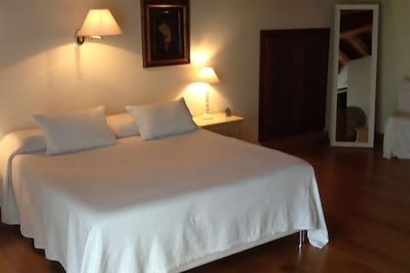 Casa nuova comoda e bella - Rumah